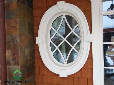 Деревянная черепица. Обрамление окна