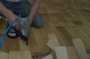 О ремонте кровли из деревянной черепицы