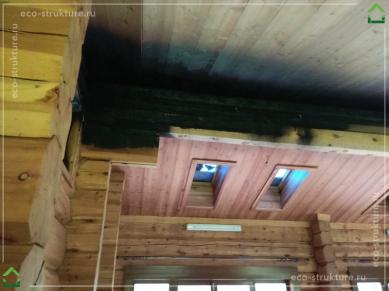 Обугленный лафет из кедра после пожара